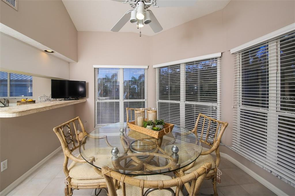 Breakfast Nook/Sunroom - Condo for sale at 11000 Placida Rd #2804, Placida, FL 33946 - MLS Number is D5920736