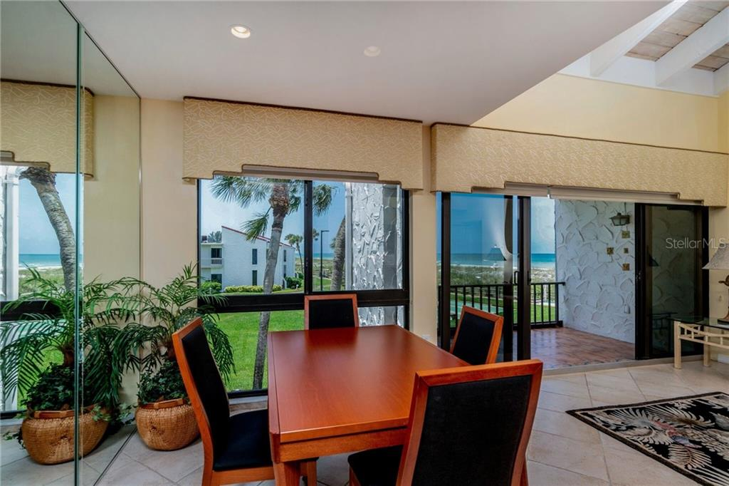 Watch the sunset while dining - Condo for sale at 500 Park Blvd S #57, Venice, FL 34285 - MLS Number is D6100773
