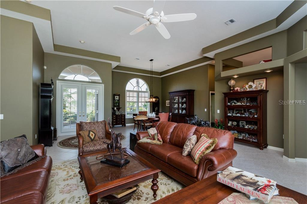 Formal Living Room - Single Family Home for sale at 422 Wincanton Pl, Venice, FL 34293 - MLS Number is D6101809