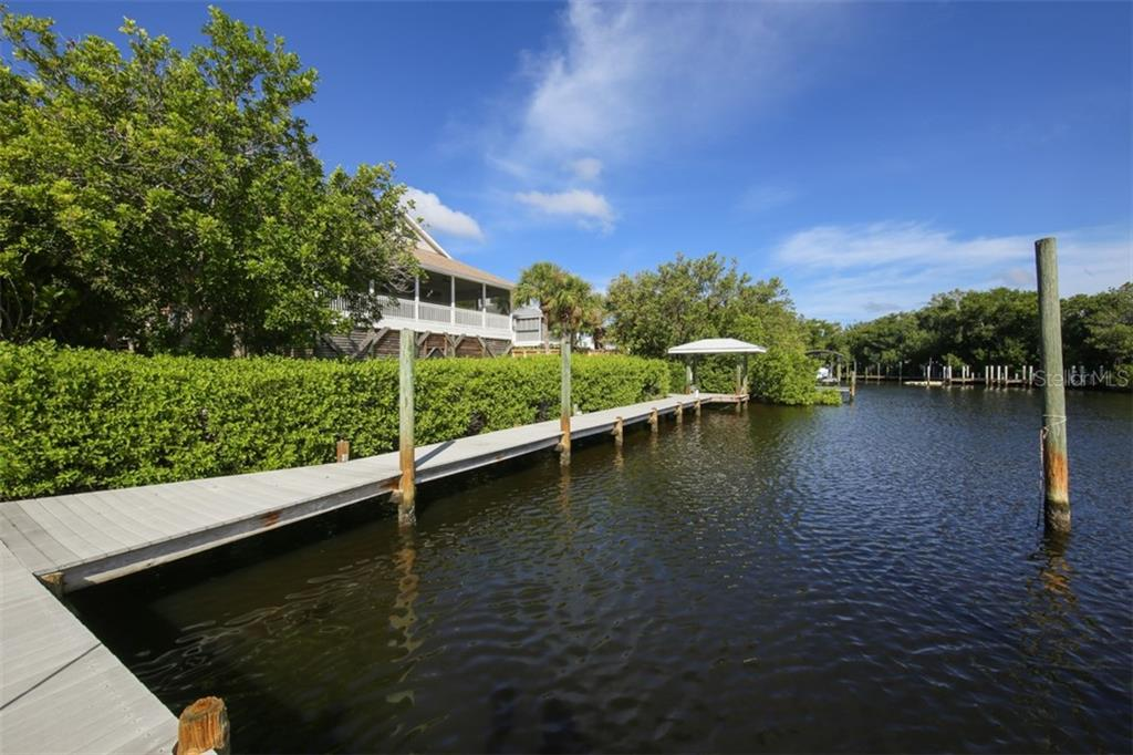 Single Family Home for sale at 534 N Gulf Blvd, Placida, FL 33946 - MLS Number is D6102654