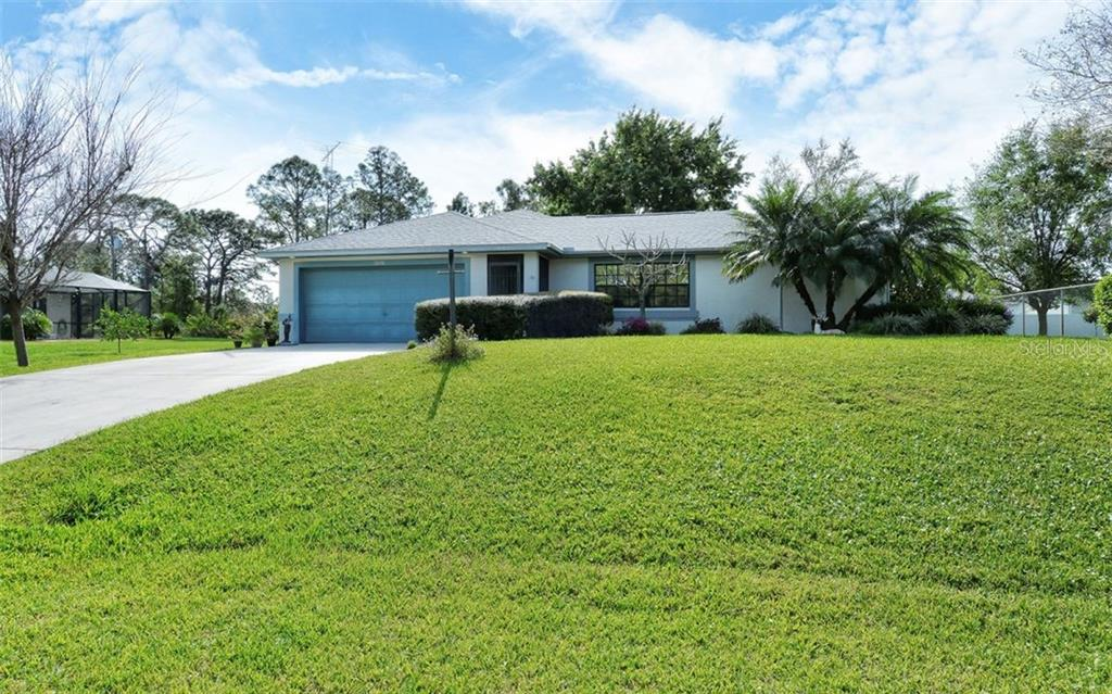 Single Family Home for sale at 5376 Ashwood Rd, Port Charlotte, FL 33981 - MLS Number is D6105888
