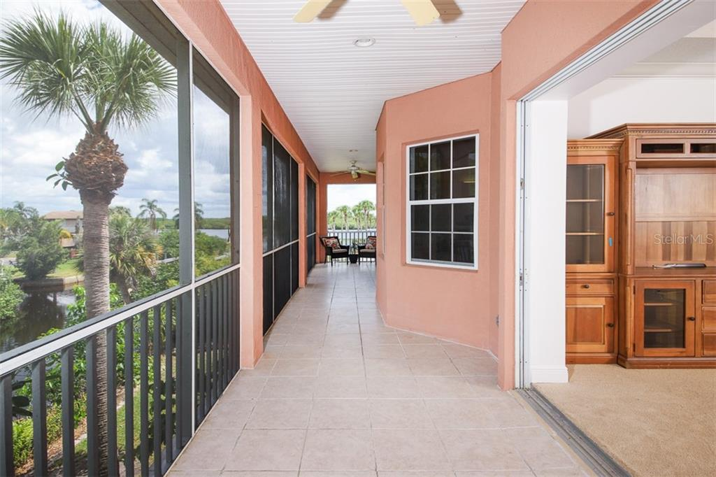 Master suite is spacious with two walk-in closets and well-appointed bathroom. - Single Family Home for sale at 9033 Allapata Ln, Venice, FL 34293 - MLS Number is D6106356