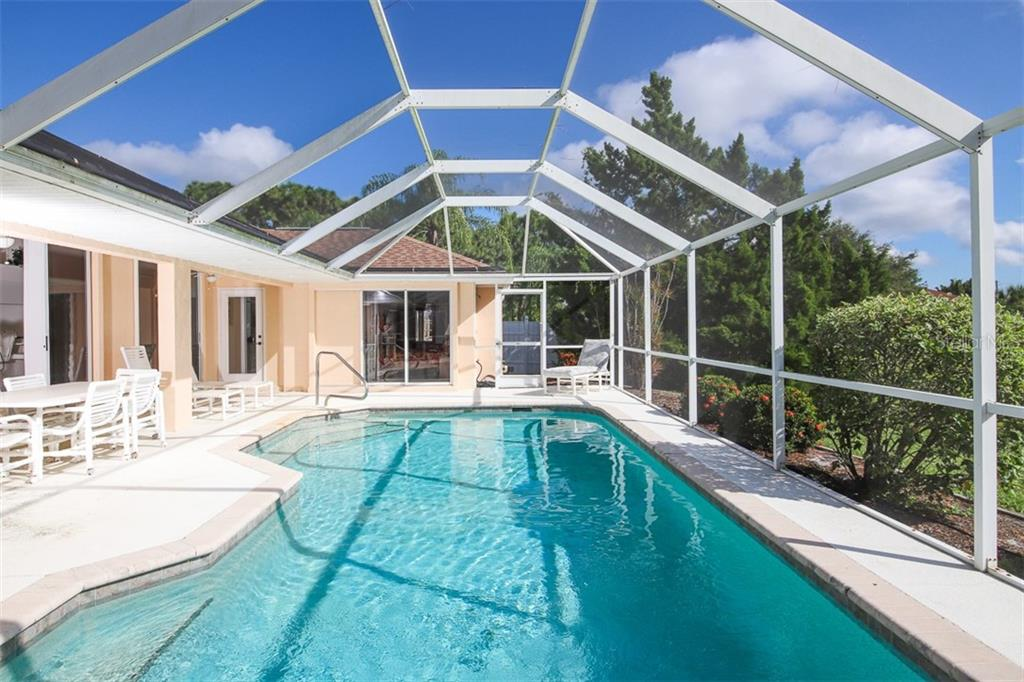 Single Family Home for sale at 207 Mariner Ln, Rotonda West, FL 33947 - MLS Number is D6114150