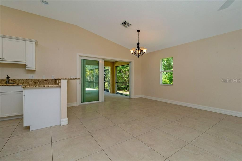THE KITCHEN COUNTER TOPS ARE GRANITE. - Single Family Home for sale at 112 Boxwood Ln, Rotonda West, FL 33947 - MLS Number is D6114179