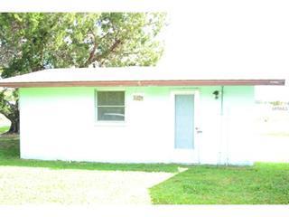 1371 Manor Rd, Englewood, FL 34223