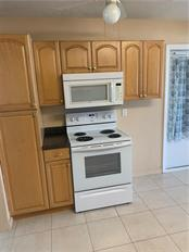 Single Family Home for sale at 5171 Albion Rd, Venice, FL 34293 - MLS Number is V4914784