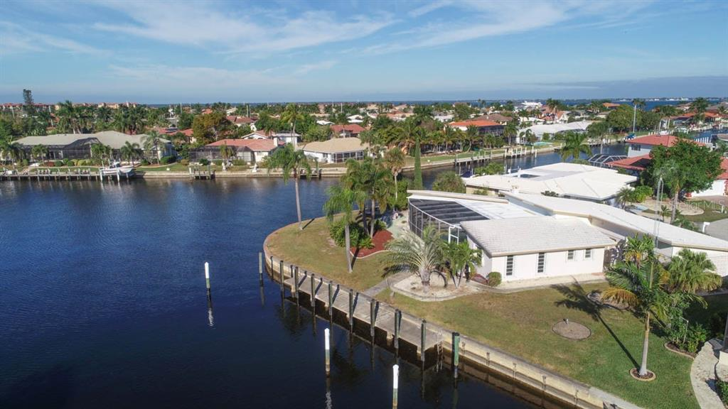 Master wing & central pool cage on this waterfront oasis. - Single Family Home for sale at 2291 Bayview Rd, Punta Gorda, FL 33950 - MLS Number is C7409445