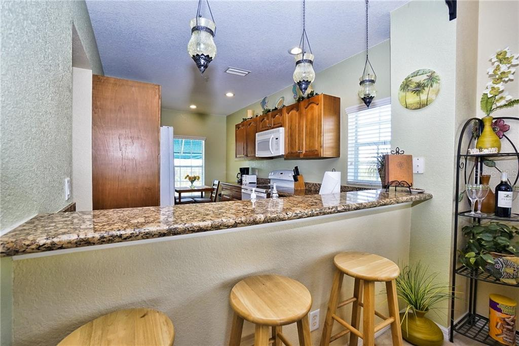 Breakfast bar - Condo for sale at 8405 Placida Rd #401, Placida, FL 33946 - MLS Number is C7414726