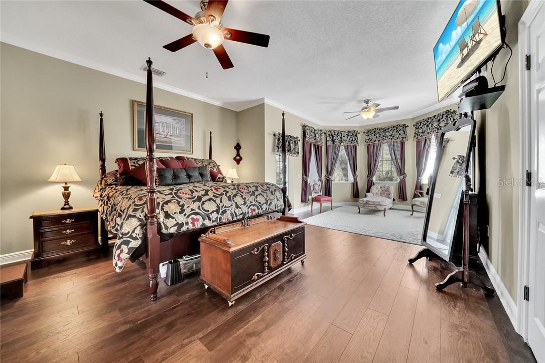 Master bedroom, with sitting area - Single Family Home for sale at 10230 Sw County Road 769, Arcadia, FL 34269 - MLS Number is C7437596