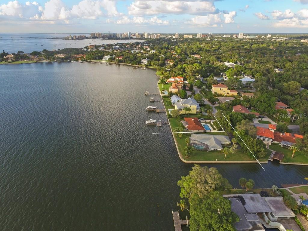 1502 Sandpiper Ln, Sarasota, FL 34239 - photo 8 of 15