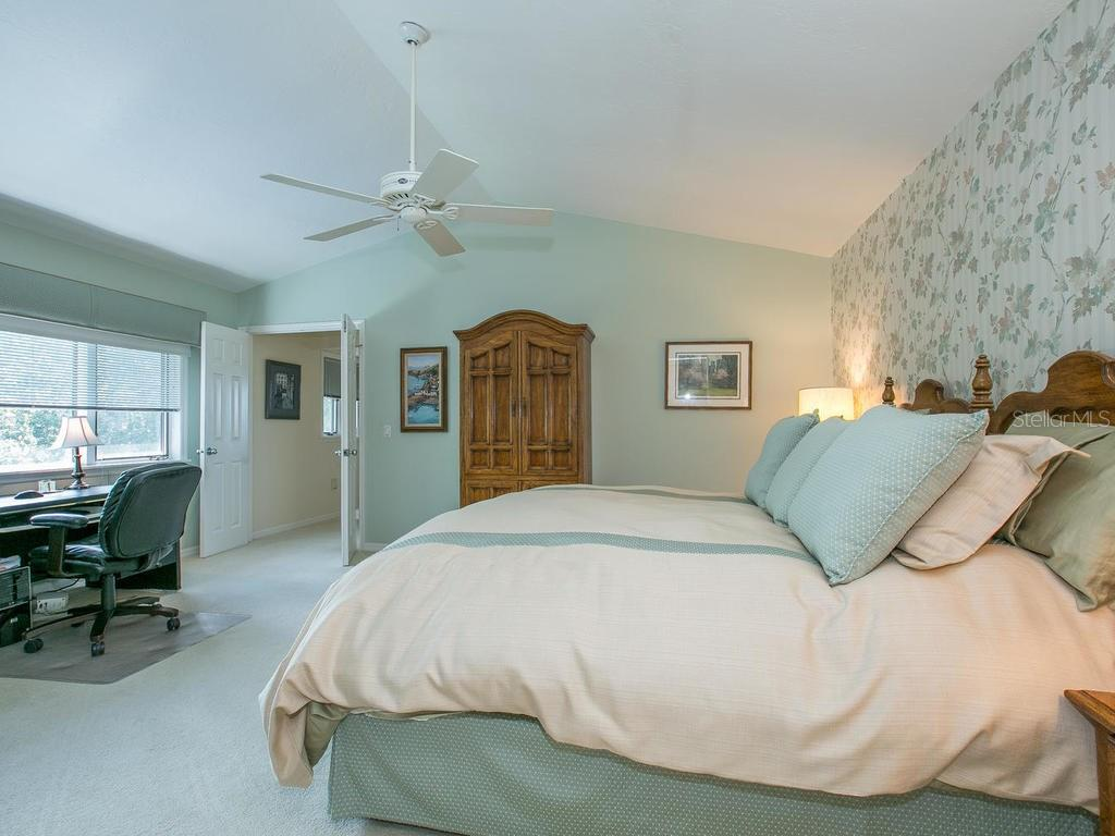 Master bedroom - Single Family Home for sale at 1272 Riegels Landing Dr, Sarasota, FL 34242 - MLS Number is A4160033