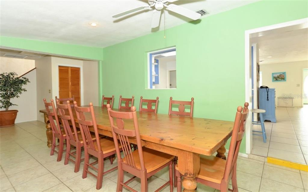 Single Family Home for sale at 210 67th St, Holmes Beach, FL 34217 - MLS Number is A4176017