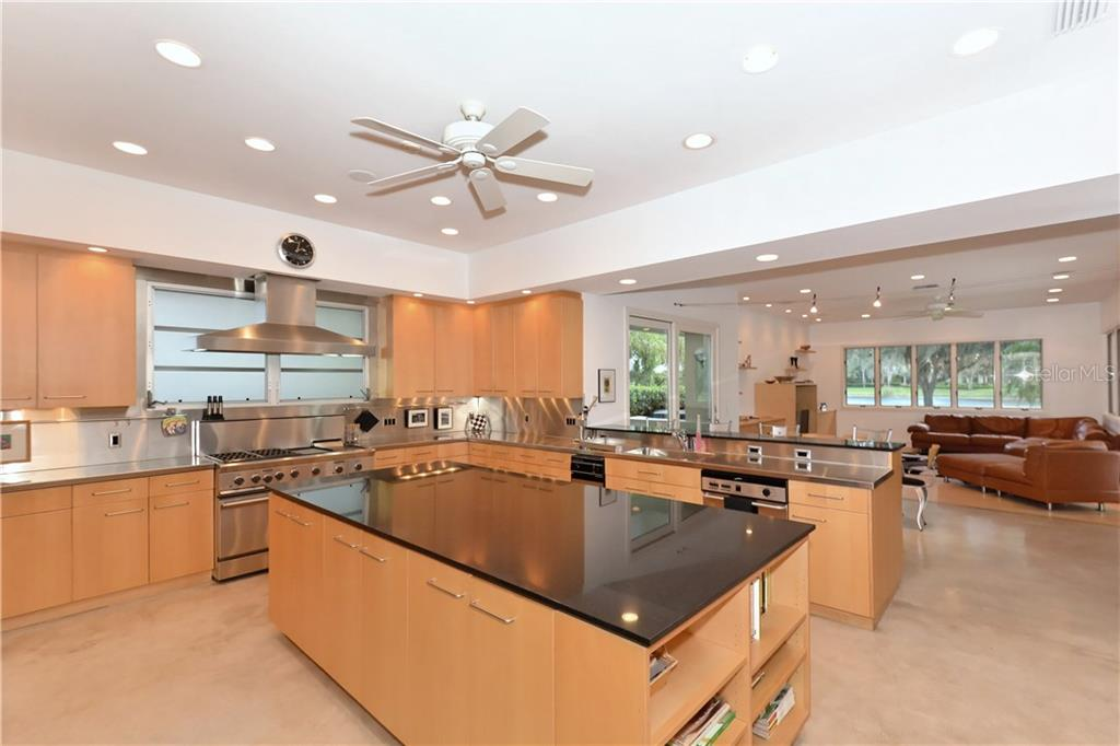 Spectacular Kitchen with Chef's Gas Range and Stainless Steel Counters - Single Family Home for sale at 3111 Dick Wilson Dr, Sarasota, FL 34240 - MLS Number is A4176685