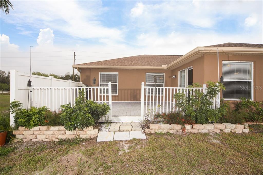 Address Withheld, Palmetto, FL 34221 - photo 18 of 22