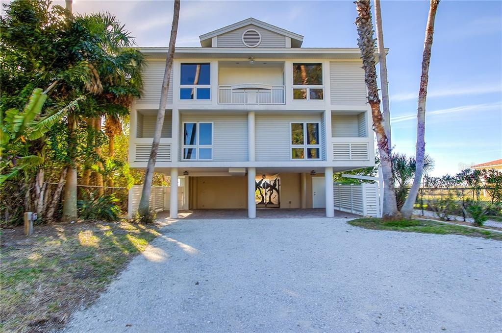 Home Front - Single Family Home for sale at 811 N Shore Dr, Anna Maria, FL 34216 - MLS Number is A4178184