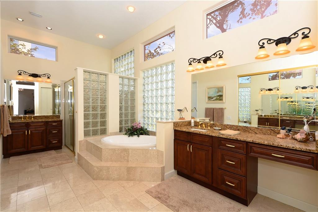 Master Bathroom - Single Family Home for sale at 602 Weston Pointe Ct, Longboat Key, FL 34228 - MLS Number is A4178531