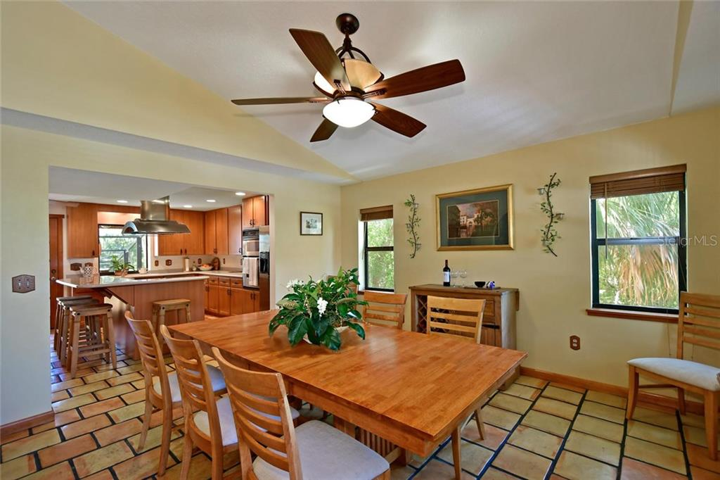 Single Family Home for sale at 7717 27th Ave W, Bradenton, FL 34209 - MLS Number is A4182498