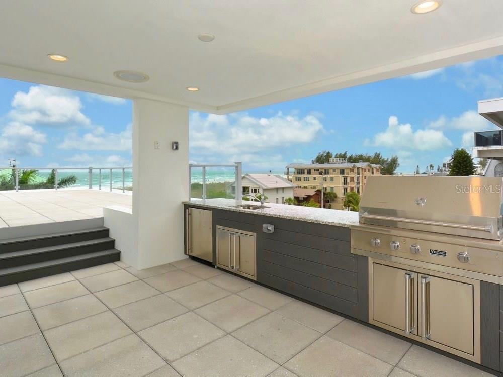 Rooftop Outdoor Kitchen - Single Family Home for sale at 641 Beach Rd, Sarasota, FL 34242 - MLS Number is A4185328