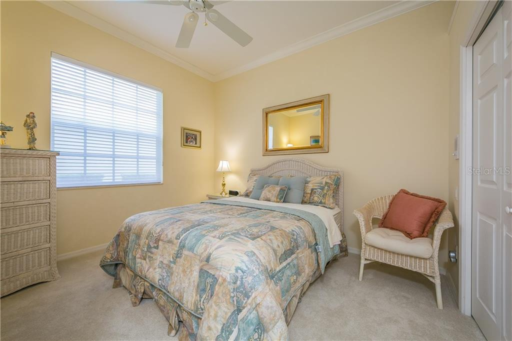 Single Family Home for sale at 8117 Collingwood Ct, University Park, FL 34201 - MLS Number is A4188299