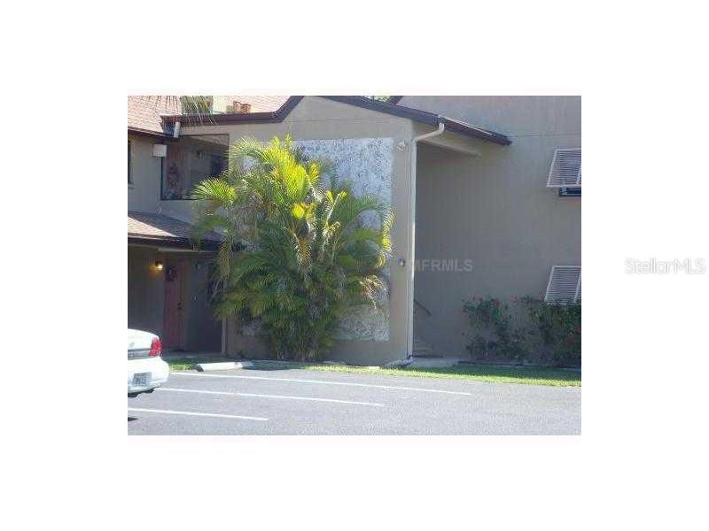 Condo for sale at 7237 Cloister Dr #207, Sarasota, FL 34231 - MLS Number is A4189490