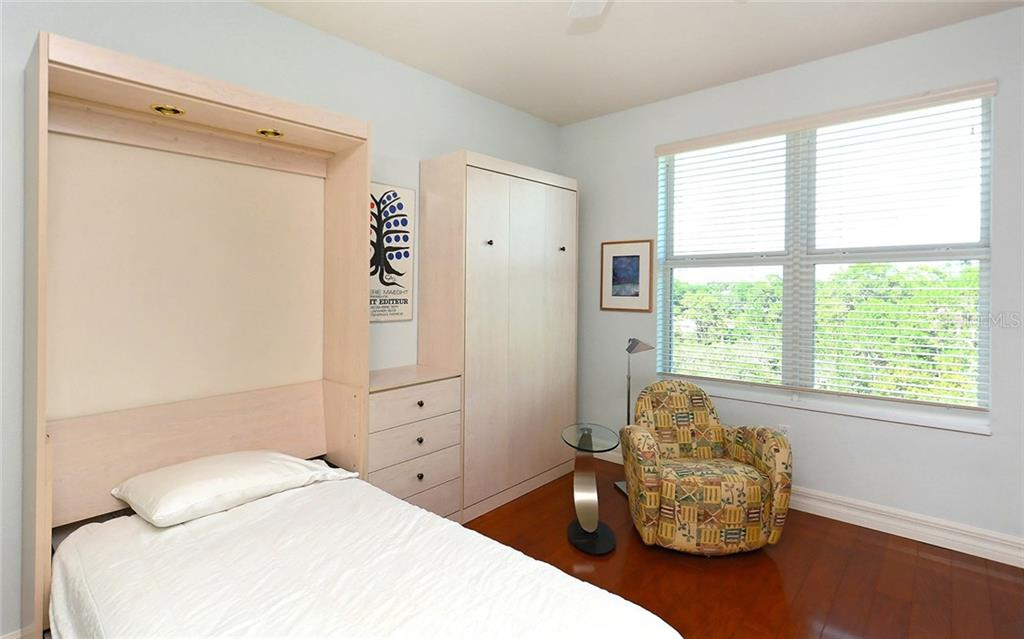 Guest suite with Murphy Twin Beds - Condo for sale at 409 N Point Rd #601, Osprey, FL 34229 - MLS Number is A4189564