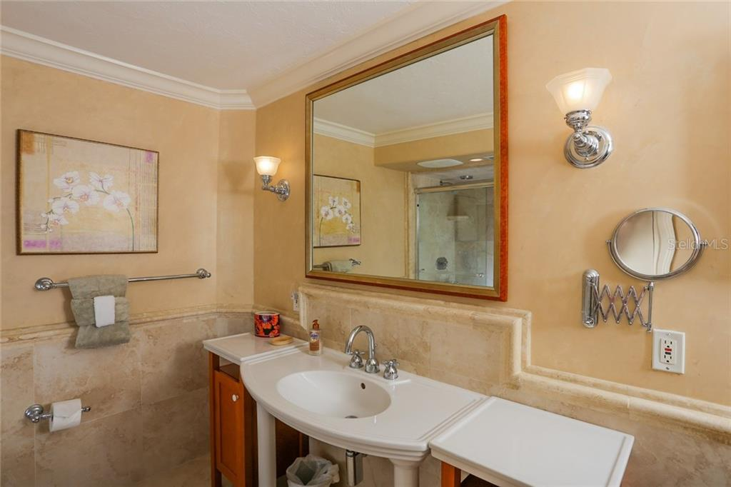Master bathroom - Condo for sale at 20 Whispering Sands Dr #1103, Sarasota, FL 34242 - MLS Number is A4192663