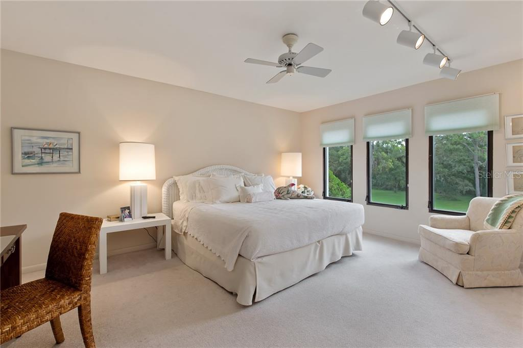 Guests will luxuriate in their bedroom with a view! - Single Family Home for sale at 4831 Hoyer Dr, Sarasota, FL 34241 - MLS Number is A4195351