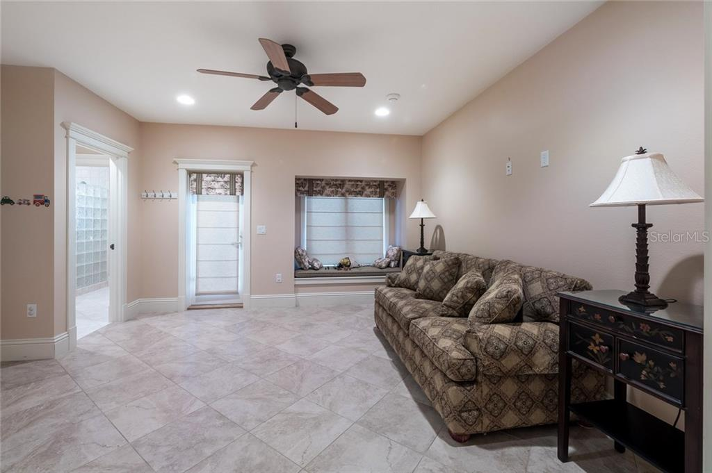 Pool - Single Family Home for sale at 420 N Casey Key Rd, Osprey, FL 34229 - MLS Number is A4198418