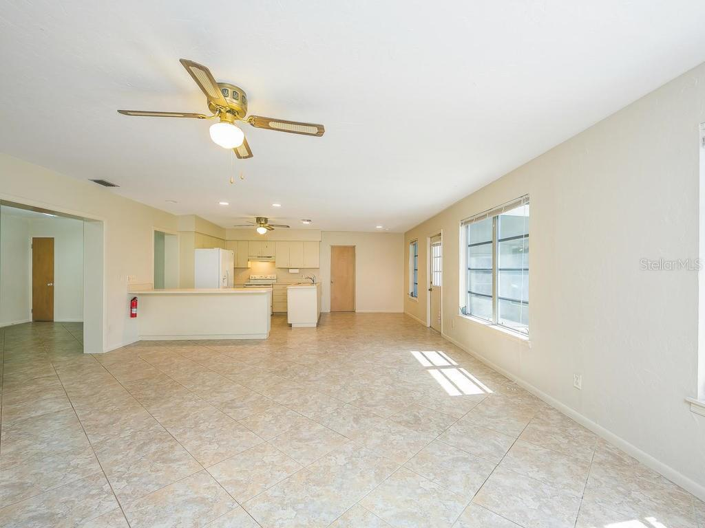 FAMILY ROOM & KITCHEN - Single Family Home for sale at 2256 Waldemere St, Sarasota, FL 34239 - MLS Number is A4198477
