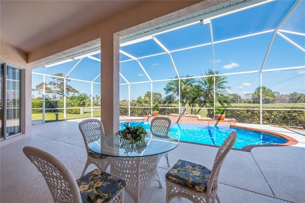 Single Family Home for sale at 4689 Chase Oaks Dr, Sarasota, FL 34241 - MLS Number is A4199960
