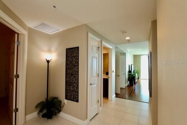 Foyer welcomes you - Condo for sale at 1771 Ringling Blvd #609, Sarasota, FL 34236 - MLS Number is A4201774