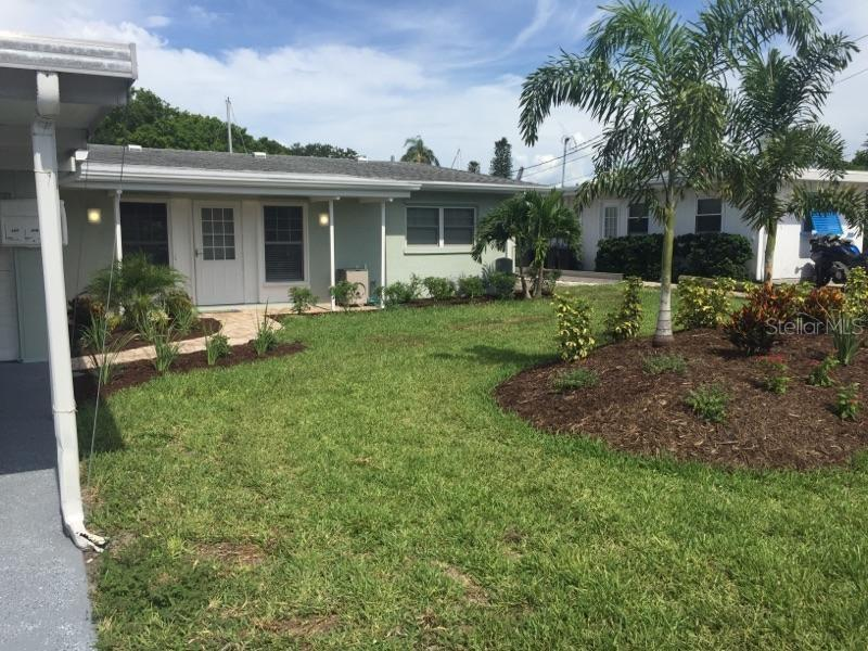 Single Family Home for sale at 413 Bryn Mawr Is, Bradenton, FL 34207 - MLS Number is A4202981