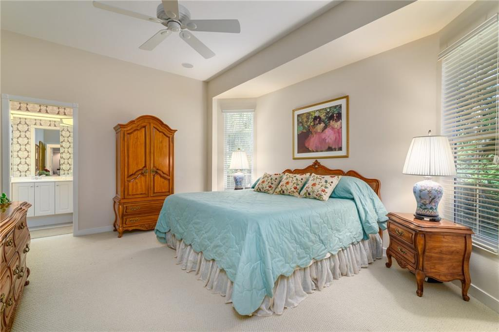 Single Family Home for sale at 7304 Barclay Ct, University Park, FL 34201 - MLS Number is A4206190