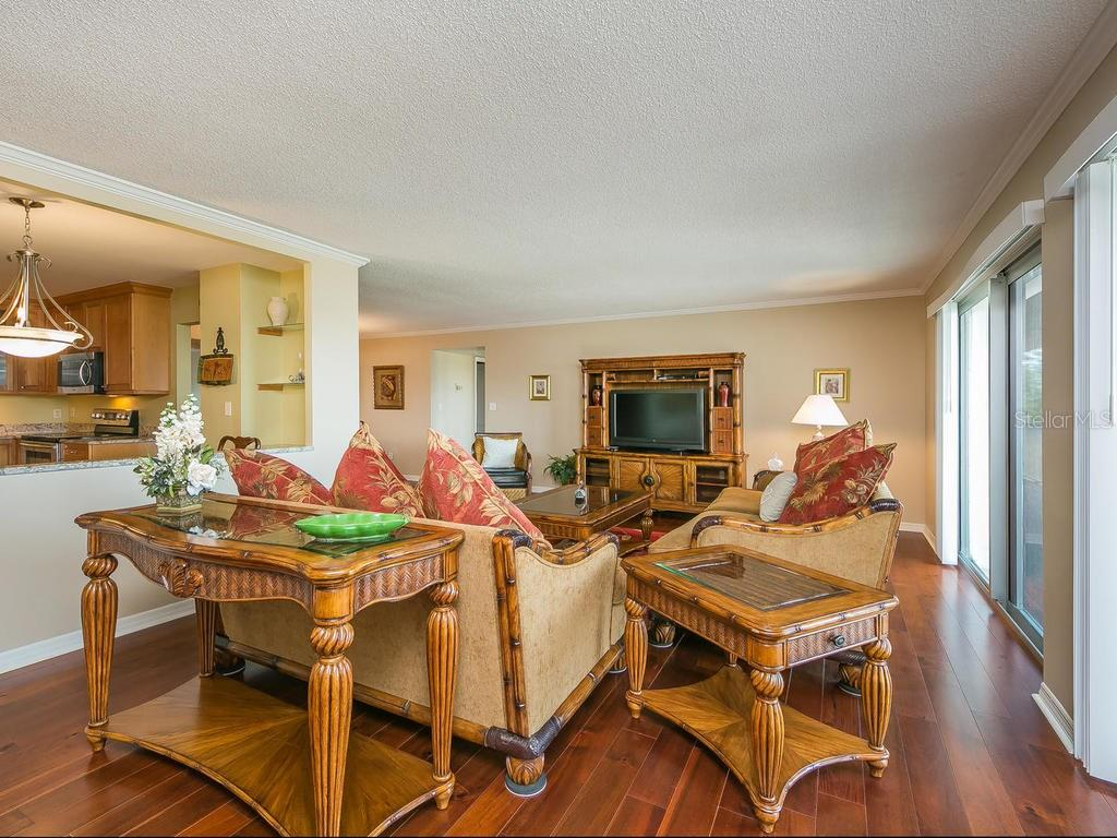 Great room/Dining room - Condo for sale at 2301 Gulf Of Mexico Dr #55n, Longboat Key, FL 34228 - MLS Number is A4206569