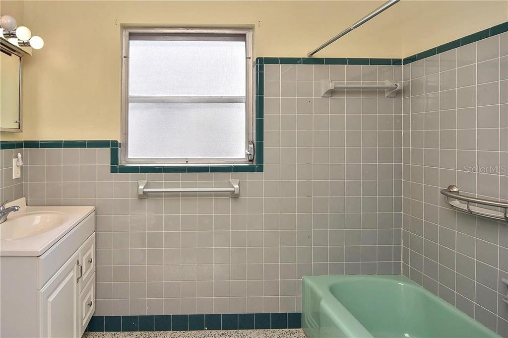 2nd bathroom - Single Family Home for sale at 1953 Fairview Dr, Englewood, FL 34223 - MLS Number is A4213338