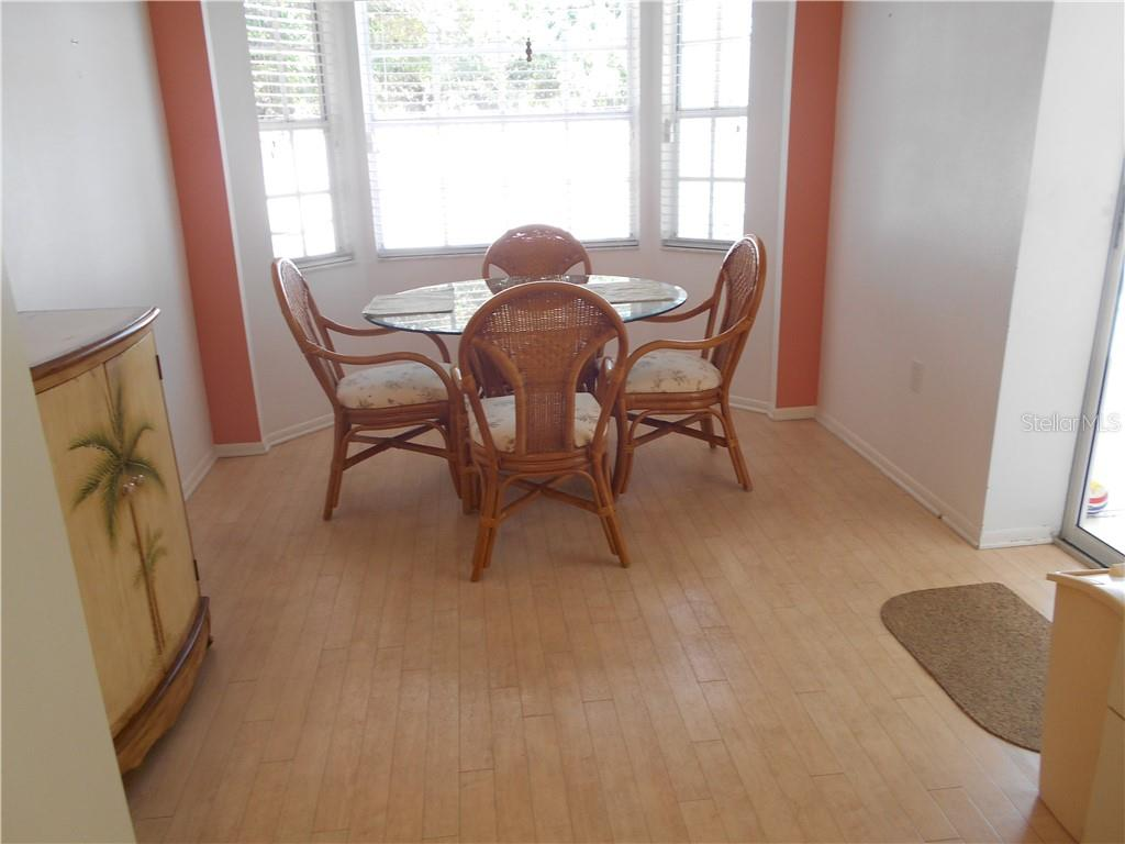 Casual dining area - Single Family Home for sale at 5150 Ashton Pines Ln, Sarasota, FL 34231 - MLS Number is A4400646