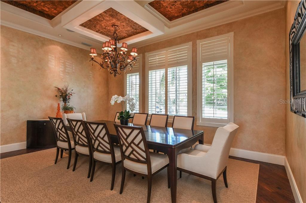 Formal Dining Room - Single Family Home for sale at 506 Venice Ln, Sarasota, FL 34242 - MLS Number is A4402493
