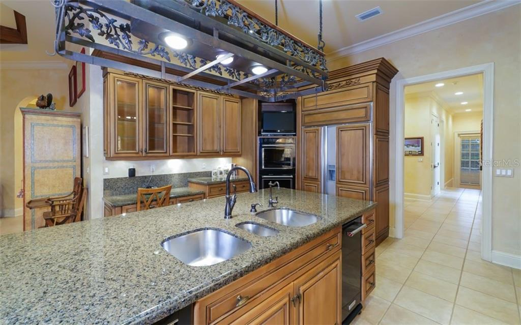 Triple Sink, Compactor, Warming Drawer, New Double Ovens, Sub Zero Refrigerator - Single Family Home for sale at 2829 Wilfred Reid Cir, Sarasota, FL 34240 - MLS Number is A4416091