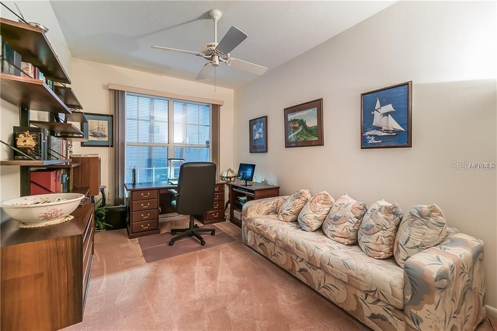 Office or fifth bedroom with ensuite bath - Single Family Home for sale at 4963 Oxford Dr, Sarasota, FL 34242 - MLS Number is A4417783