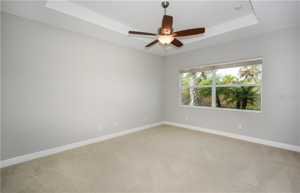 Single Family Home for sale at 5713 Tidewater Preserve Blvd, Bradenton, FL 34208 - MLS Number is A4419554