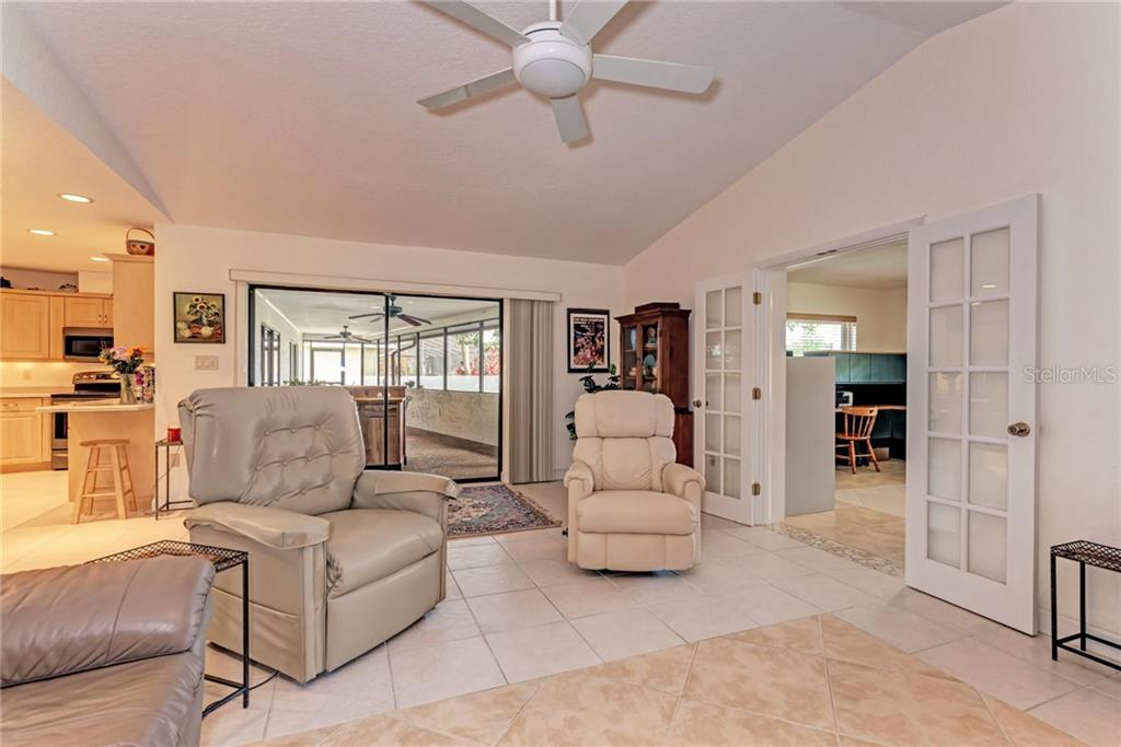 Single Family Home for sale at 6115 45th St W, Bradenton, FL 34210 - MLS Number is A4419696