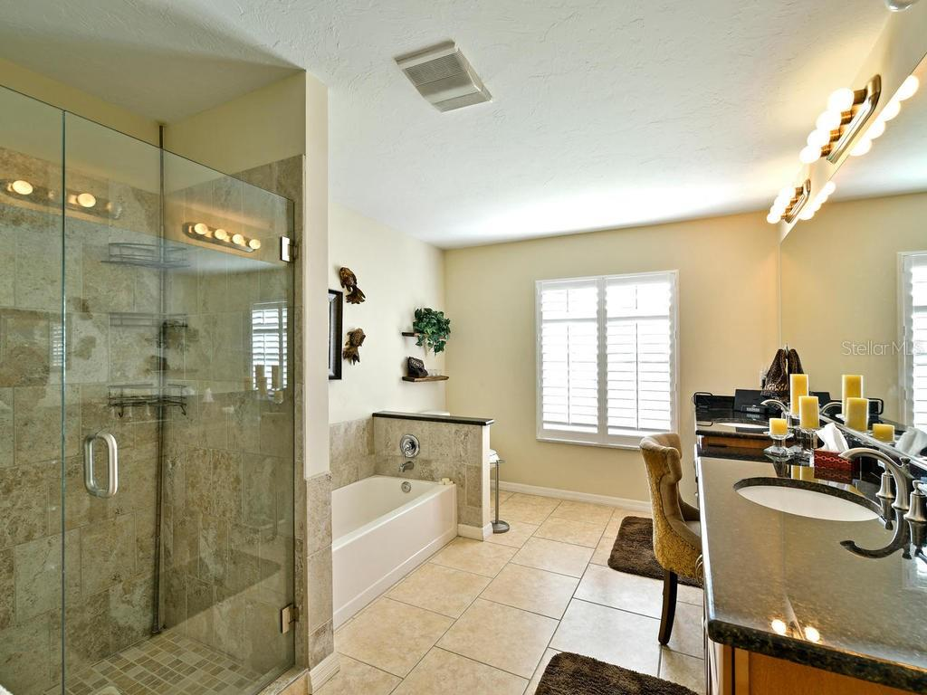 Spa like master bathroom - Single Family Home for sale at 9902 Braden Run, Bradenton, FL 34202 - MLS Number is A4419792