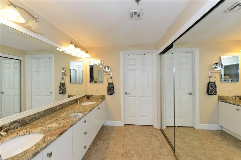Master bathroom with walk in shower - Condo for sale at 1930 Harbourside Dr #117, Longboat Key, FL 34228 - MLS Number is A4420232