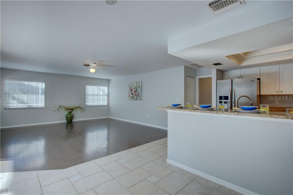 Spacious Living area again with plenty of natural sunlight - Single Family Home for sale at 5167 Kestral Park Ln, Sarasota, FL 34231 - MLS Number is A4421162