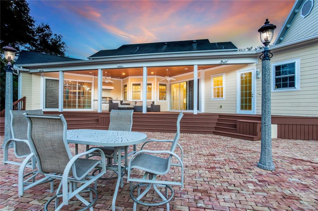 Single Family Home for sale at 1404 99th St Nw, Bradenton, FL 34209 - MLS Number is A4421371