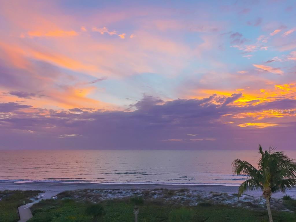 Amazing Afterglow from Sunsets - Condo for sale at 2399 Gulf Of Mexico Dr #3c3, Longboat Key, FL 34228 - MLS Number is A4421722