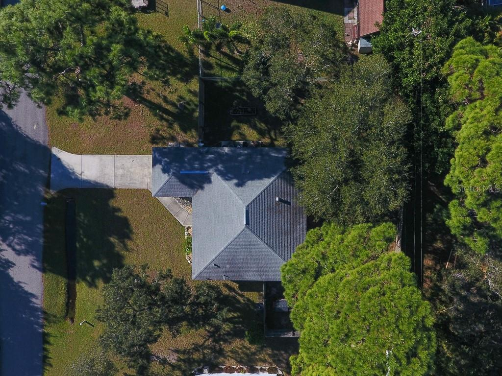 Single Family Home for sale at 824 Indus Rd, Venice, FL 34293 - MLS Number is A4422072