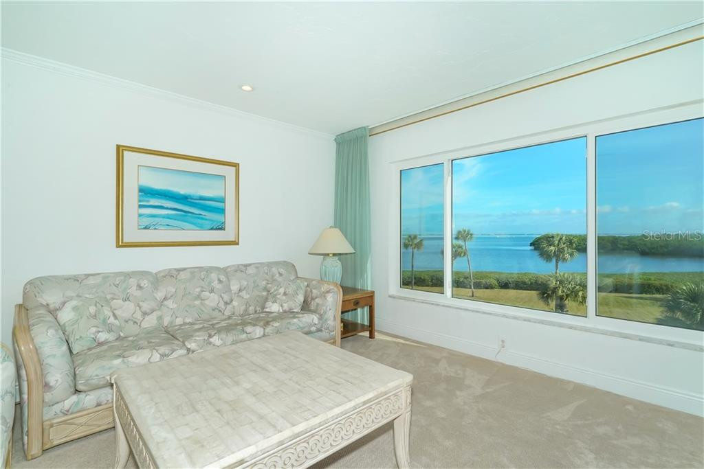 Wonderfully bright with recessed lighting and plenty of sunshine. - Condo for sale at 4700 Gulf Of Mexico Dr #305, Longboat Key, FL 34228 - MLS Number is A4422164