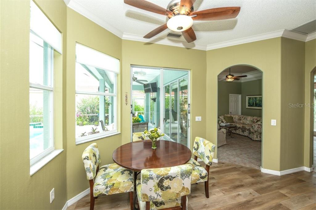 Casual Dining - Single Family Home for sale at 6161 Varedo Ct, Sarasota, FL 34243 - MLS Number is A4422883