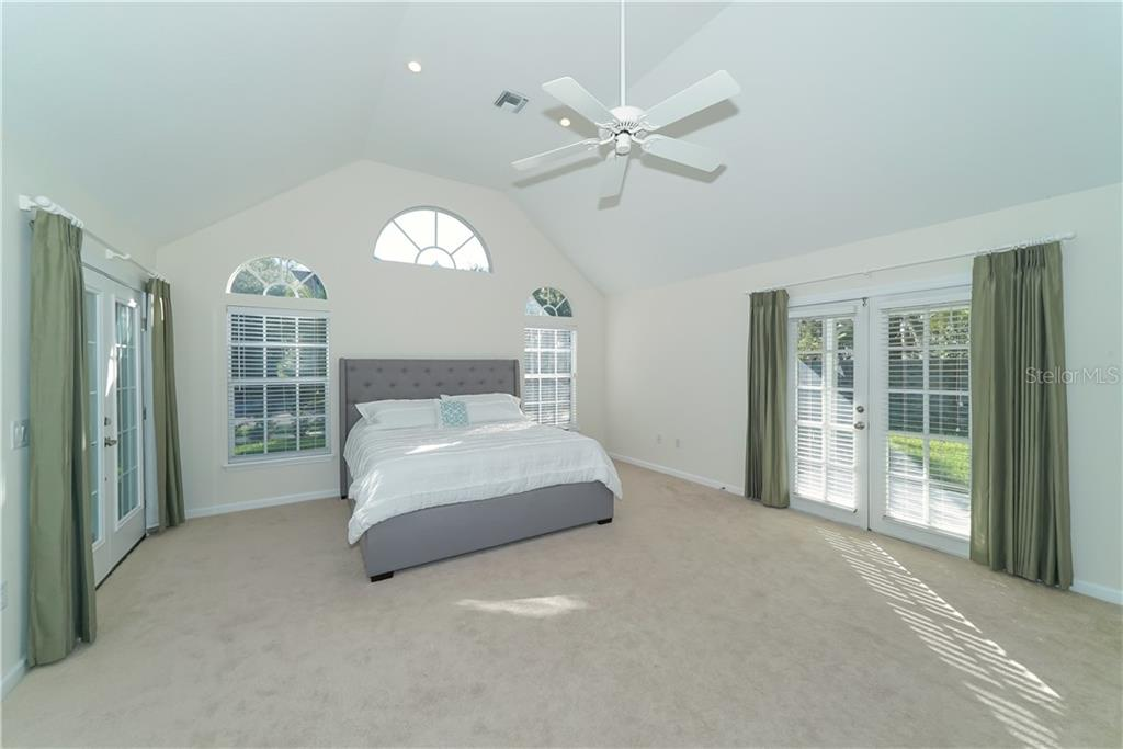 Supersized Master Suite - Single Family Home for sale at 2300 Mietaw Dr, Sarasota, FL 34239 - MLS Number is A4423151